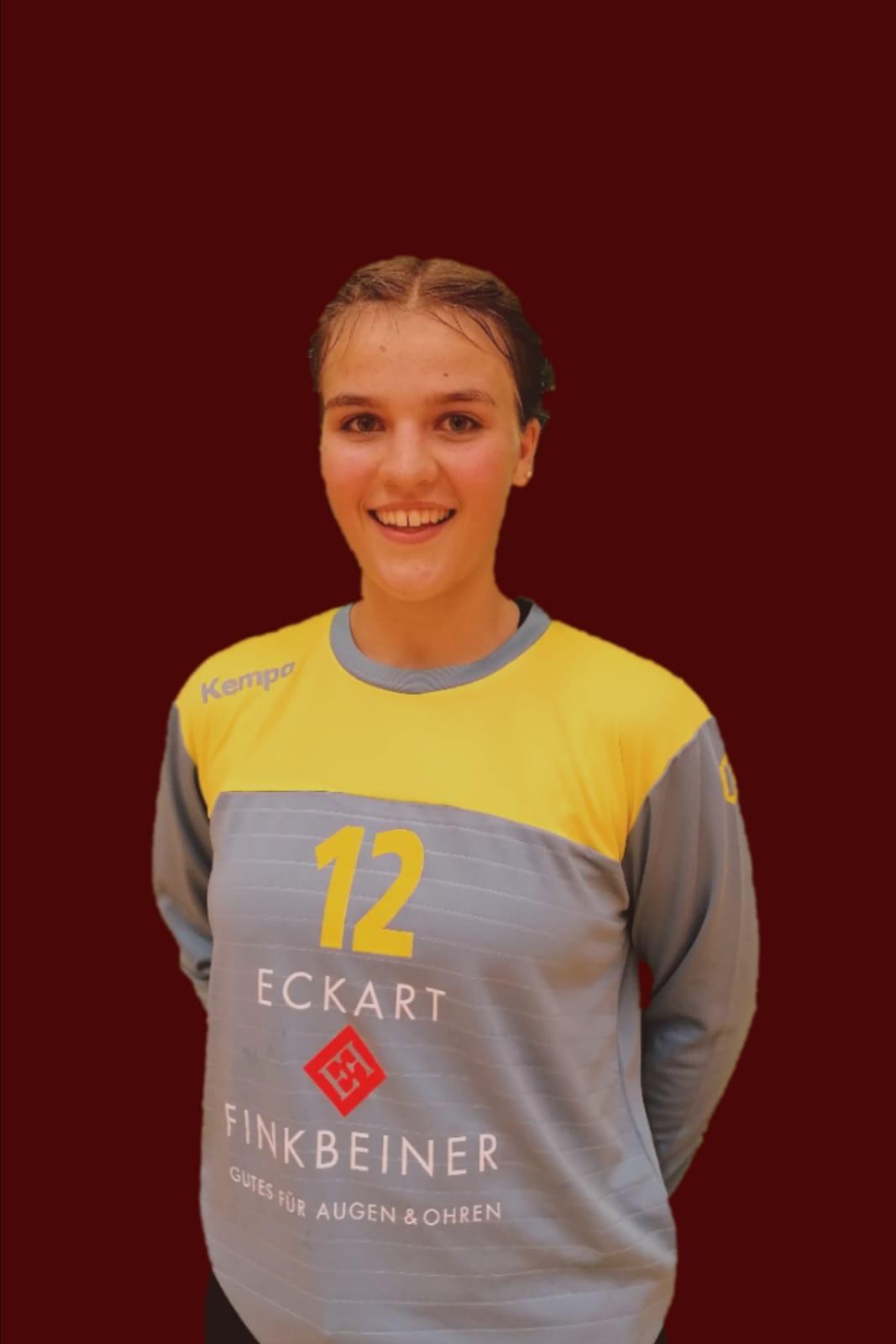 Lotte Märkle läuft  2020/2021 mit Zweifachspielrecht für die BWOL A-Jugend der TG 88 Pforzheim auf !